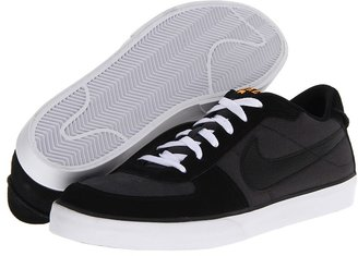 Nike SB Mavrk Men's Skate Shoes