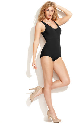 Star Power by SPANX Light Control Thin Vogue Body Shaper 2027 (Only at Macy's) $62 thestylecure.com