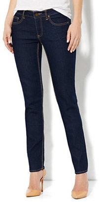 New York & Co. Curvy Skinny Leg Jean - Dark Midnight Wash - Average