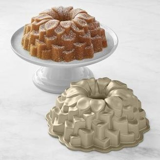 Nordic Ware Blossom Bundt® Cake Pan