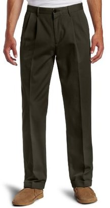 Dockers Stain Defender Khaki D3 Classic Fit Pleated Cuffed Pant