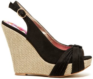 Qupid Glory Platform Wedge Sandal