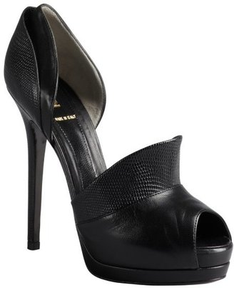 Fendi black embossed leather platform pumps