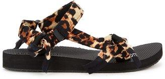 Arizona Love Trekky Leopard-print Sandals