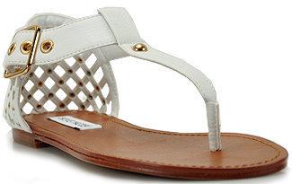 Steve Madden Sutttle - White Leather Flat Thong Sandal