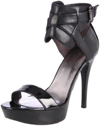 GUESS Women's Kanika Platform Sandal
