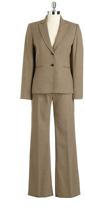 Tahari ARTHUR S. LEVINE Two-Piece Pants Suit