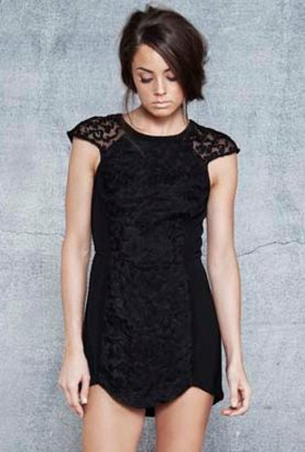 Cameo Into The Flame Dress in Black