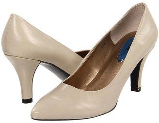 Fitzwell Dyana Pump Women's Slip-on Dress Shoes