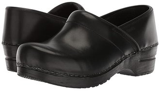 Sanita Professional Cabrio (Black Brush Off Leather) Women's Clog Shoes
