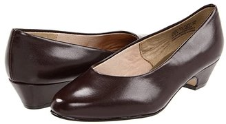 SoftStyle Soft Style Angel II (Brown Elegance) Women's 1-2 inch heel Shoes