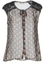 Darling Sleeveless shirts