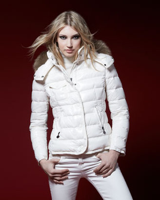 Moncler Short Puffer Jacket with Fur-Trimmed Hood