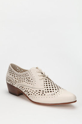 Urban Outfitters Dolce Vita Orina Cutout Leather Oxford