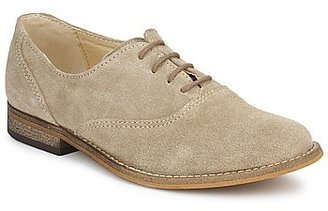 Citrouille et Compagnie MOUTUNE girls's Smart / Formal Shoes in Beige