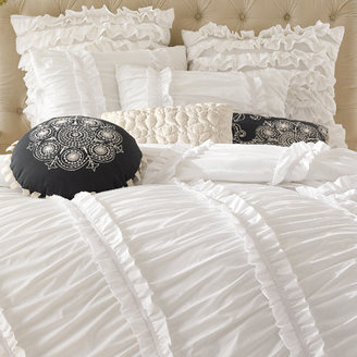 Bed Bath & Beyond Anthology™ Clara Ruffled Comforter Set, 100% Cotton