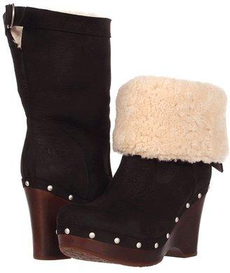 UGG Carnagie (Black) - Footwear