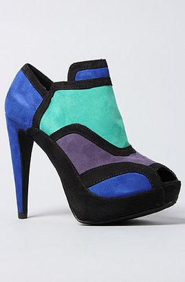 *Sole Boutique The Halle Shoe