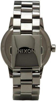 Nixon The Spur