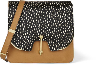 Vince Camuto Vc Signature Sam Shoulder Bag