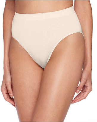 Maidenform Light Everyday Control Seamless High Cut Brief - 2 Pack 12586 $29 thestylecure.com