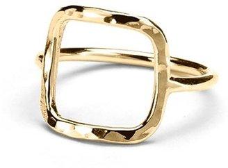 Adina Square Ring