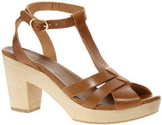 Sessun Odakotah Wooden Mid Heel Sandals