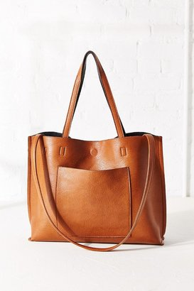 Reversible Vegan Leather Tote Bag $59 thestylecure.com