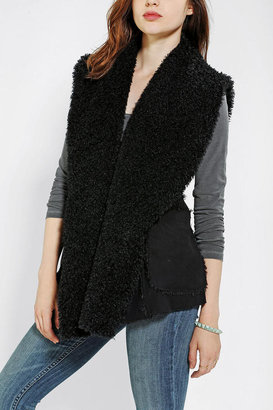 Urban Outfitters OBEY Desert Sherpa Vest