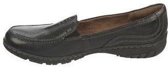 Naturalizer by Women's Redder