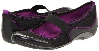 Naturalizer Yarkona (Black Leather/Mesh) - Footwear