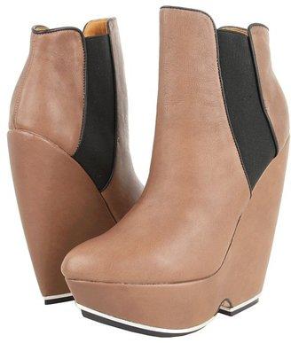 L.A.M.B. Diva (Taupe/Black) - Footwear