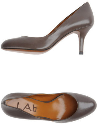 L.A.B Closed-toe slip-ons
