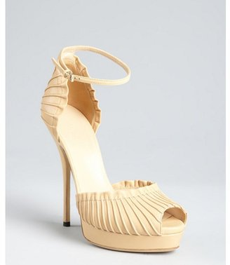 Gucci light powder leather 'Taryn' ankle strap platform sandals