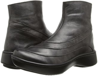 Naot Footwear - Tellin Women's Zip Boots $199.95 thestylecure.com