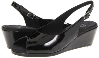 Walking Cradles Holiday (Black Softee Leather) - Footwear