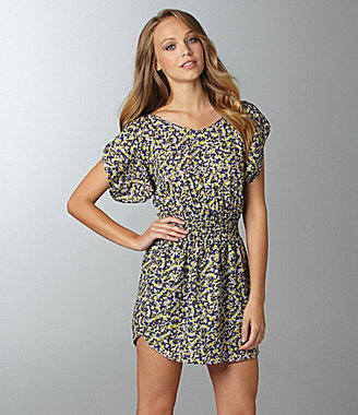 BCBGMAXAZRIA BCBGeneration Shirred-Shoulder Print Dress