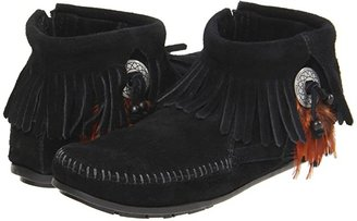 Minnetonka Concho/Feather Side Zip Boot (Black Suede) Women's Pull-on Boots