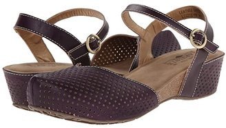 L'Artiste by Spring Step Lizzie (Black) Women's Sandals