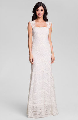 Nicole Miller 'Aneka' Cap Sleeve Lace Gown