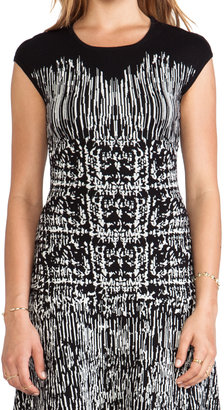 BCBGMAXAZRIA Melissa Crew Neck Printed Dress