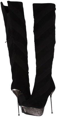 Two Lips Vain (Black) - Footwear