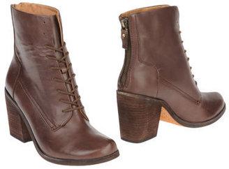 Modern Vintage Ankle boots