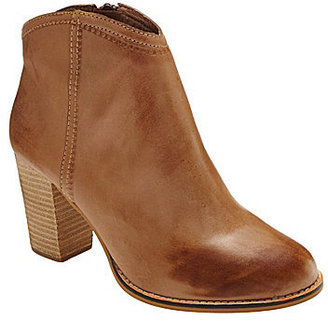 Fossil Valerie Western-Inspired Booties