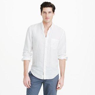 Slim Irish linen shirt in solid $69.50 thestylecure.com