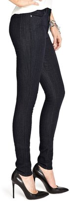 GUESS by Marciano The High-Waisted Skinny No. 65 – Silicone Rinse