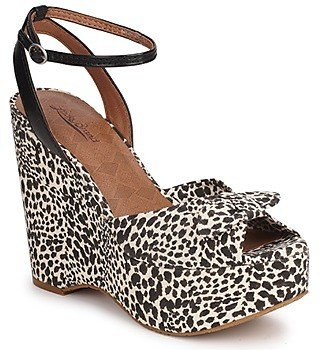 Lucky Brand VIERA women's Sandals in Black