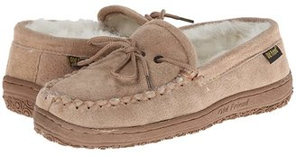 Old Friend Loafer Moc (Chestnut W/Natural Fleece) Women's Shoes