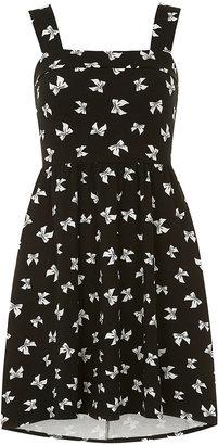 Dorothy Perkins Bow pinafore dress