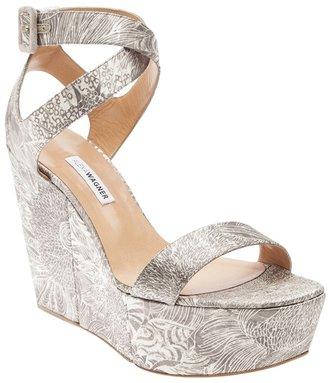 Alexa Wagner 'Nuccia' platform sandal